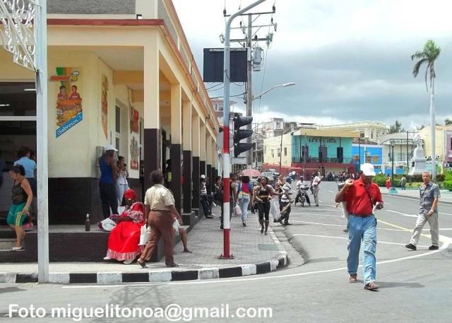 Calles de Santiago de Cuba - Página 2 El_sol10
