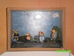 Mes Diorama Astérix sur base kinder et materiaux recuperatio La_baf10
