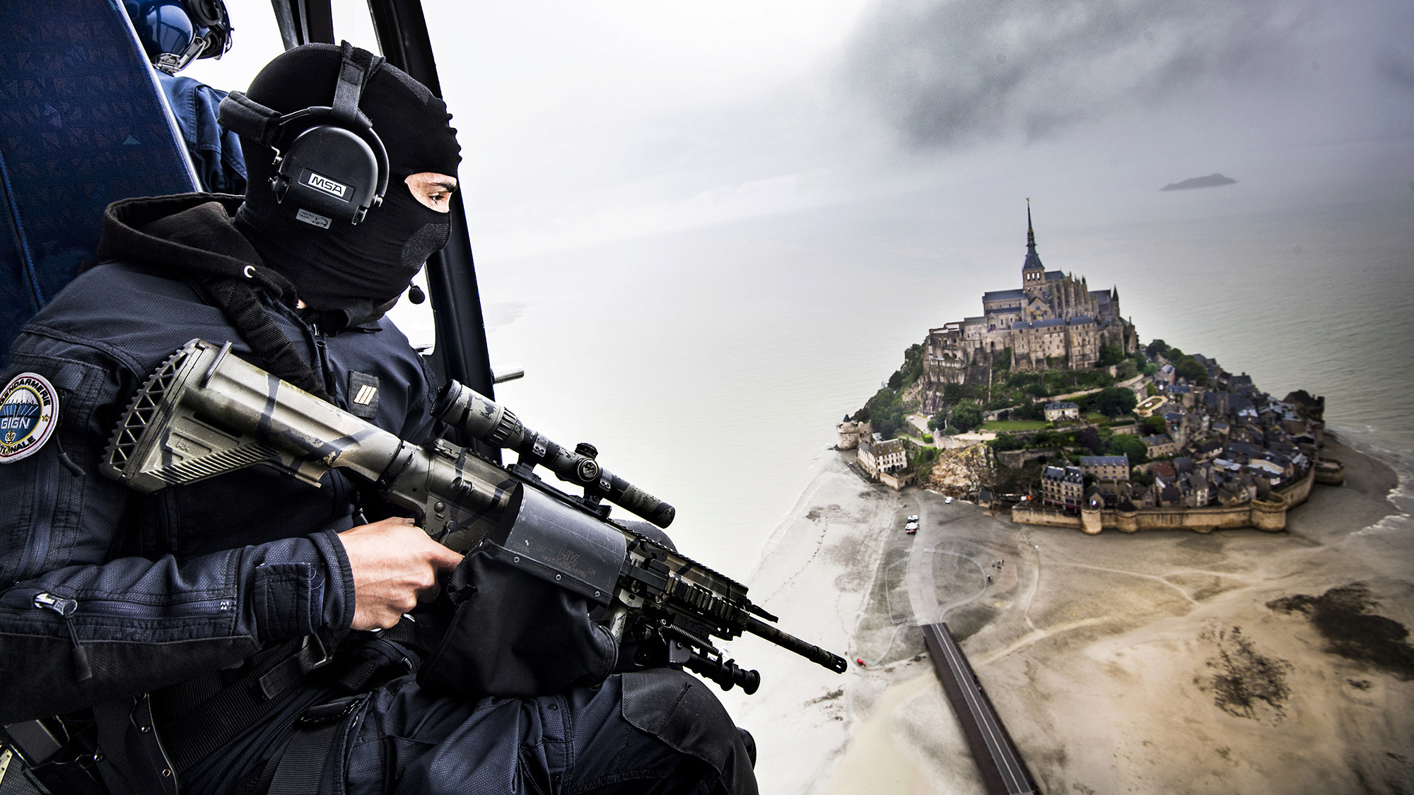 Armée Française / French Armed Forces - Page 30 Gign-m10