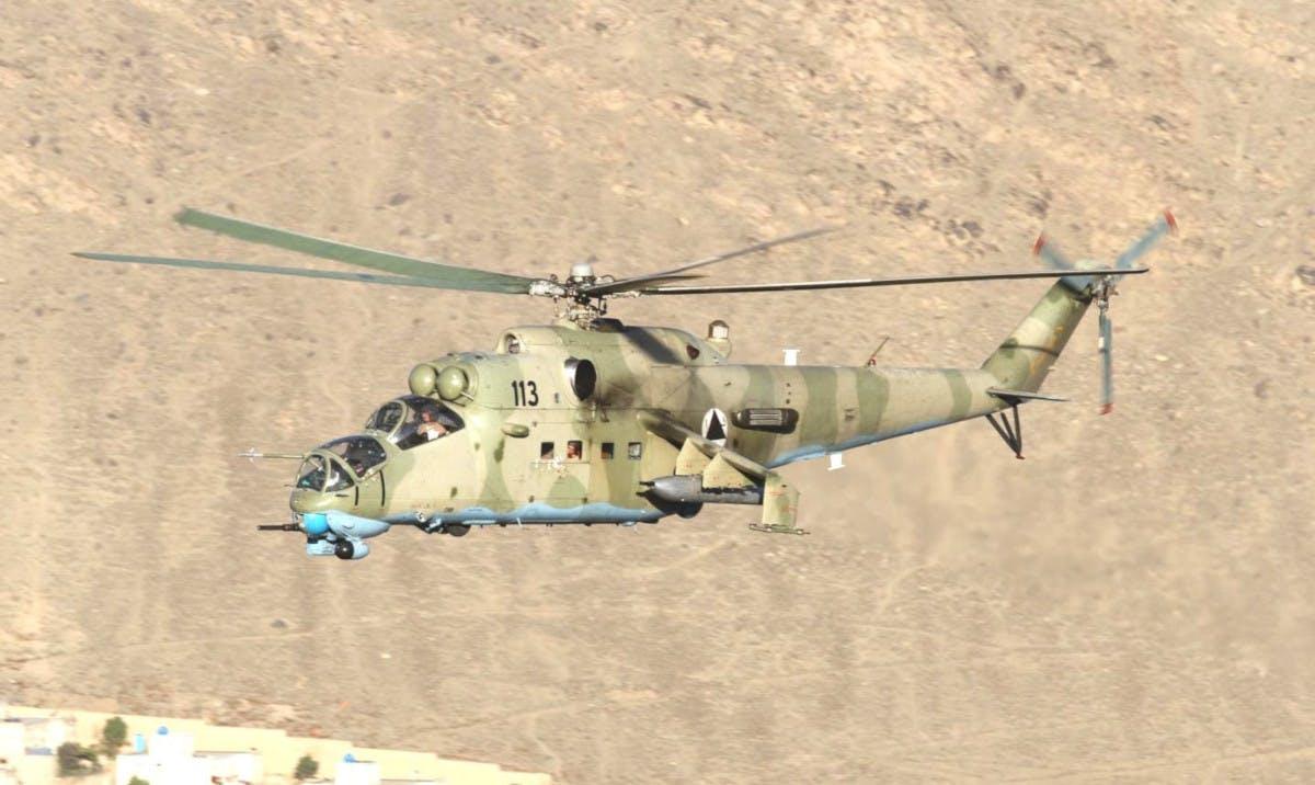 Armée Afghane/Afghan National Army(ANA) - Page 11 Https_10
