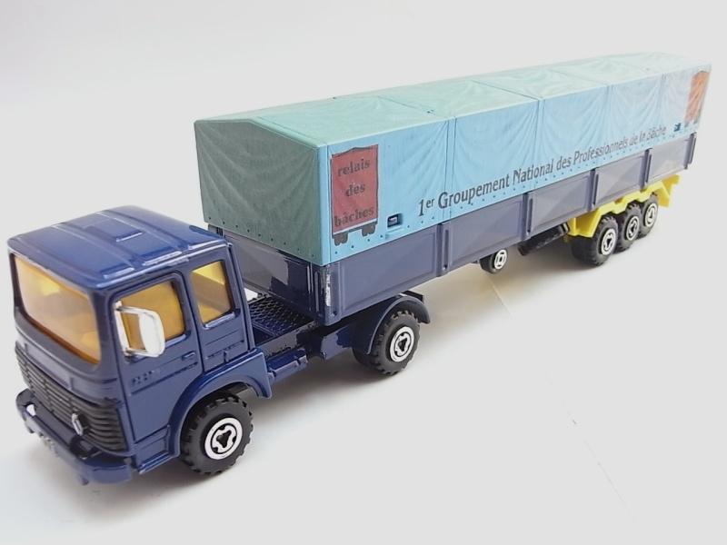 N°3042 Renault-Saviem Bâché 098a10