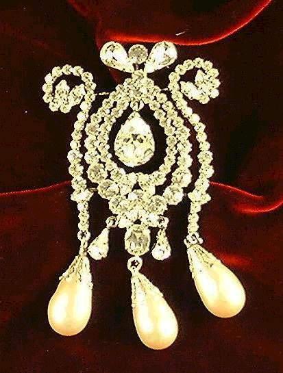les bijoux de l'impératrice Sissi 0121110