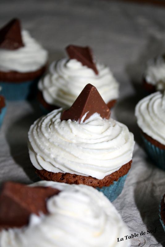 Cupcakes : recettes et décors simples - Page 3 Img_3010