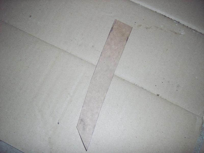 Bricolage d'un étui pour couteau. Imgp5110
