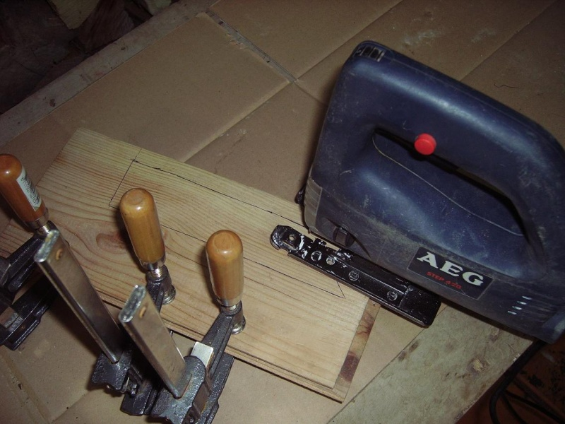 Bricolage d'un étui pour couteau. Imgp5115
