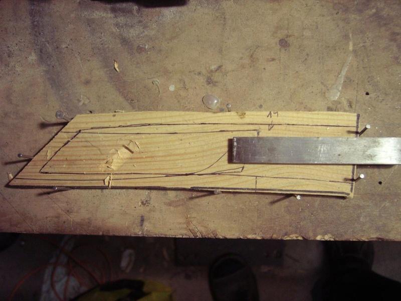 Bricolage d'un étui pour couteau. Imgp5118
