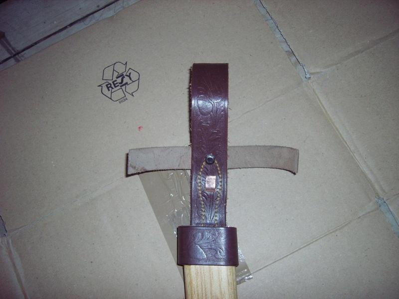 Bricolage d'un étui pour couteau. Imgp5126