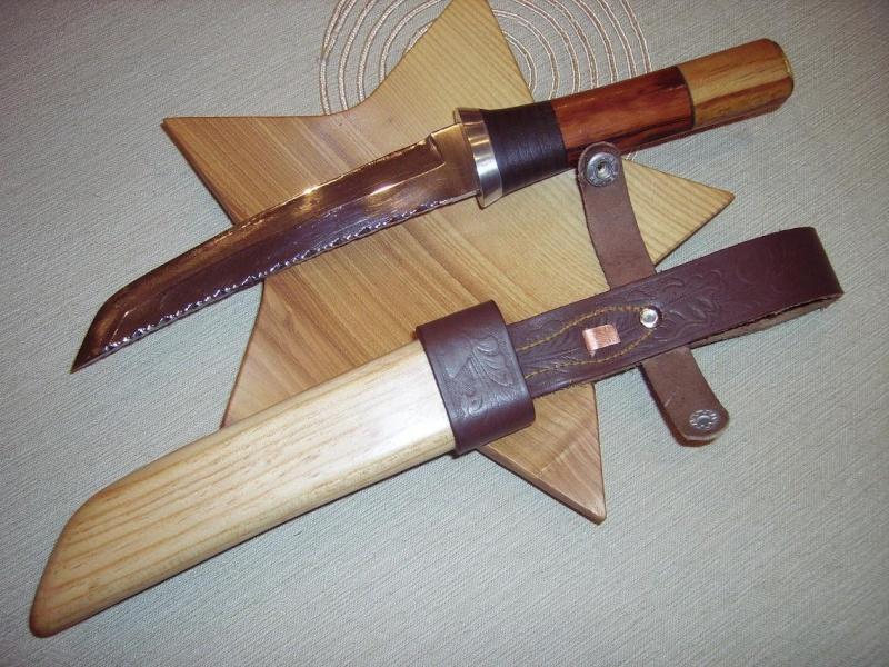 Bricolage d'un étui pour couteau. Imgp5210