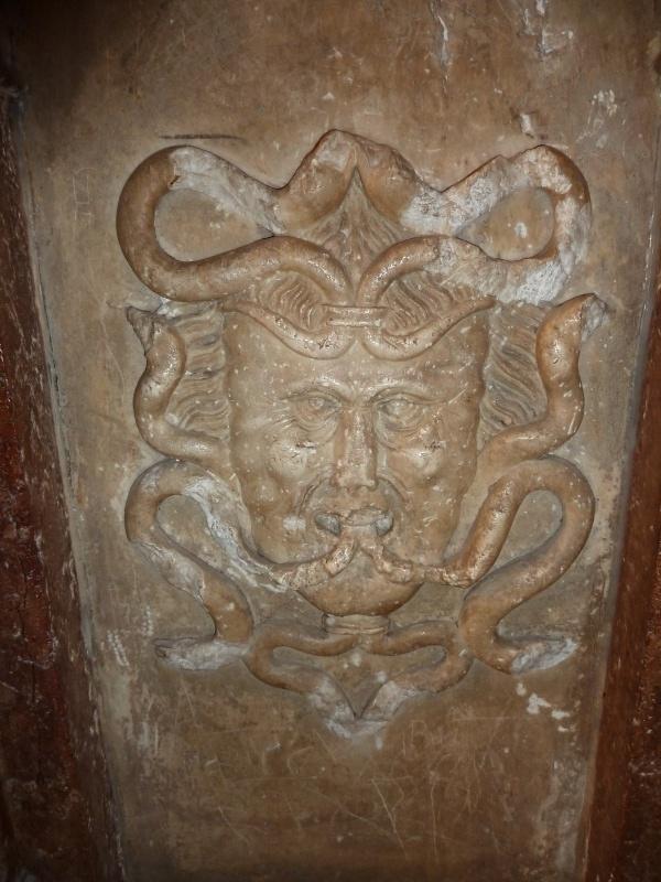 Chapelle Alchimique en l'Eglise de Pesmes (haute Saône 70) Chapel10
