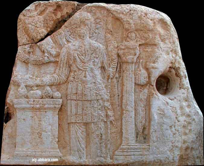 Des contacts antiques entre différentes civilisations? - Page 3 Palmyr10