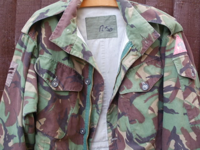 P 68 Combat Jacket.....Need help to ID the patch please!!!! P2240013