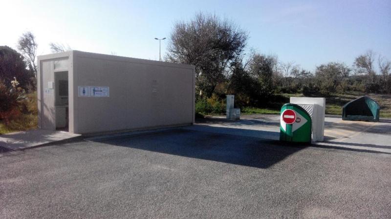 Narbonne Plage - Aire de stationnement et services Img_2011