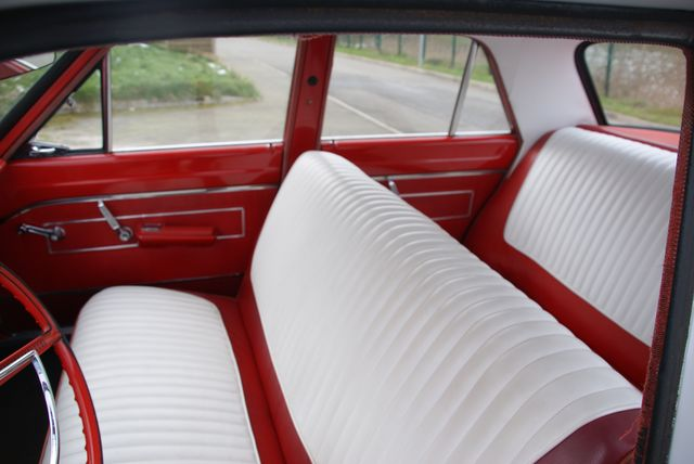 PLYMOUTH Valiant V200 1963 Dsc01251