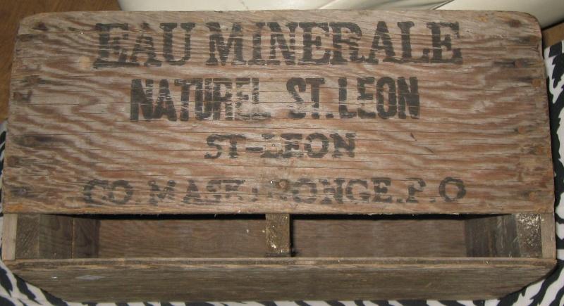 une caisse de bois  st leon  12110