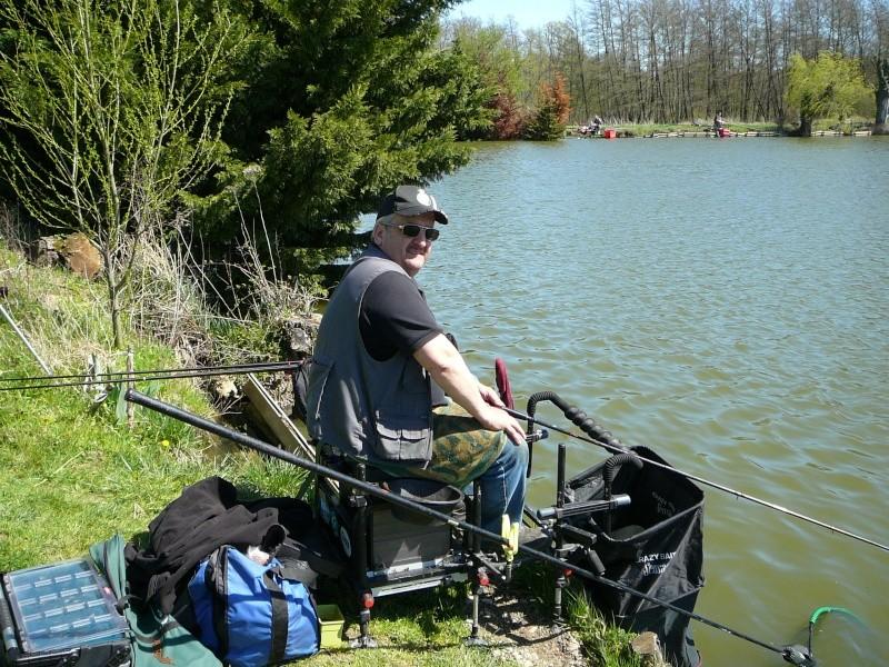 concours individuelle 14 avril sur le plan d'eau de chuzelles  - Page 4 P1100617