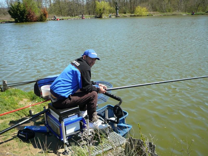concours individuelle 14 avril sur le plan d'eau de chuzelles  - Page 4 P1100618