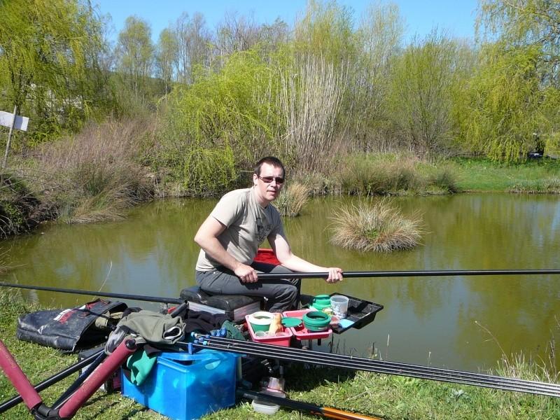 concours individuelle 14 avril sur le plan d'eau de chuzelles  - Page 4 P1100619