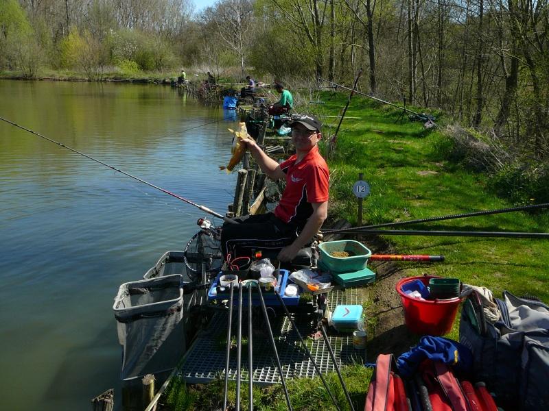 concours individuelle 14 avril sur le plan d'eau de chuzelles  - Page 4 P1100712