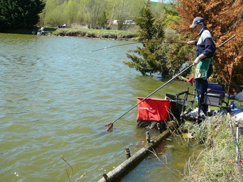 concours individuelle 14 avril sur le plan d'eau de chuzelles  - Page 4 P1100717