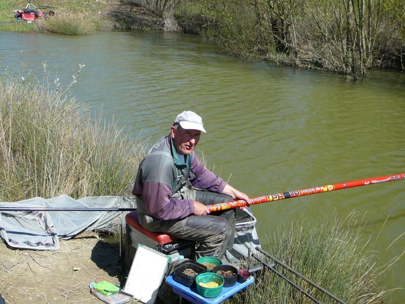 concours individuelle 14 avril sur le plan d'eau de chuzelles  - Page 4 P1100720