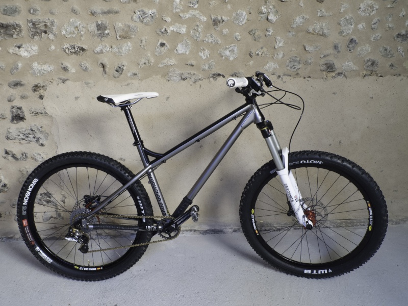 [Olivier] Un nouveau bike sur le forum ! Shan10