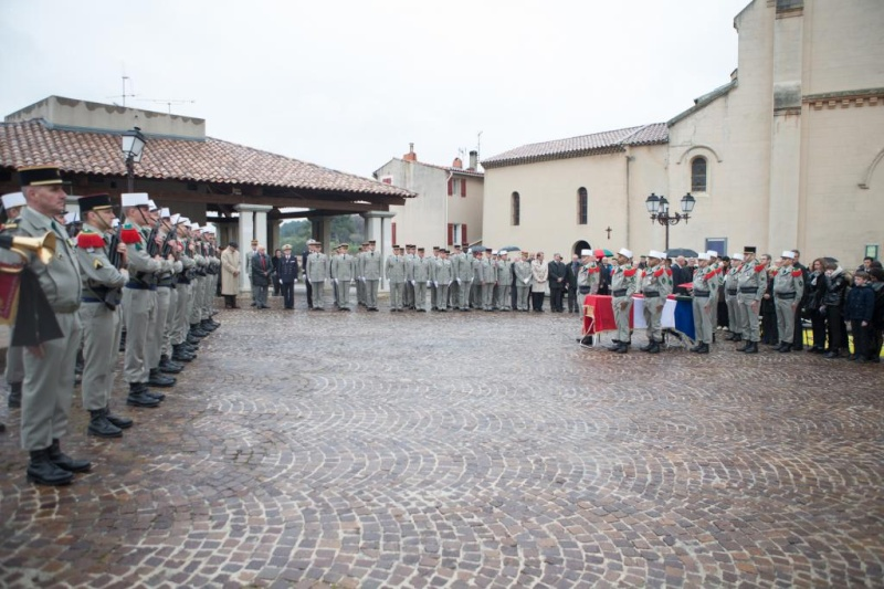 Obsèques du général (2s) Goupil Obsequ11