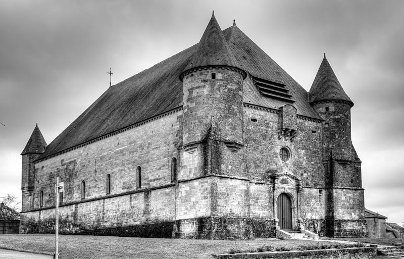 Eglise fortifiée.. Eglise12