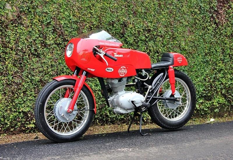 Ici on balance les Monos Ducati - Page 7 Ducati12