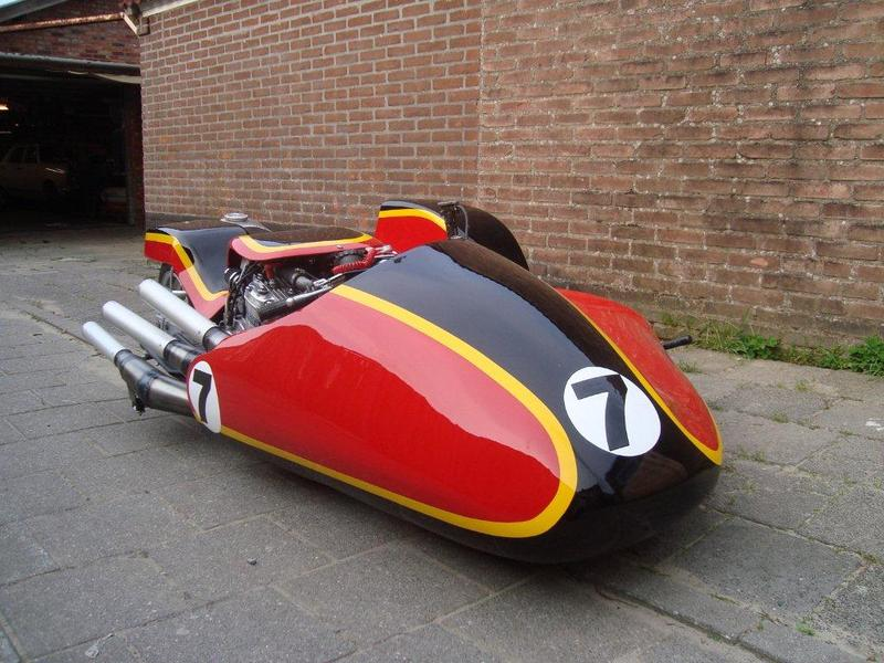 Team Heron Suzuki Teamhe12