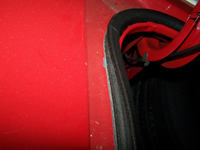 Need pic of Monte Carlo trunk weatherstrip Montew10