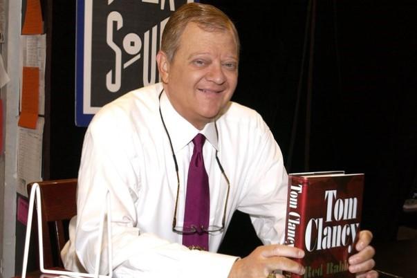 Décès du romancier Tom Clancy 2587e310