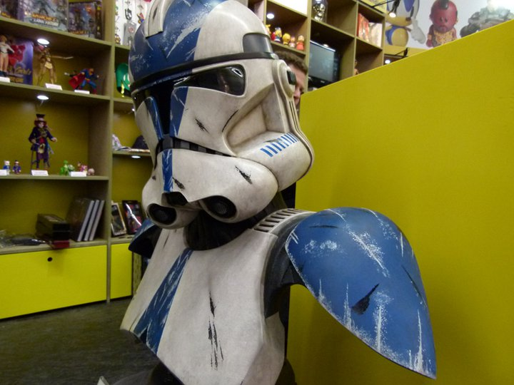 Sideshow - 501 Clone Trooper - Life Size Bust - Page 2 16900610