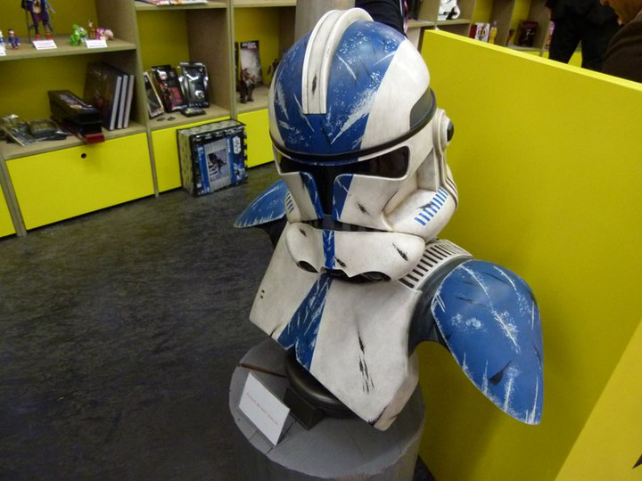 Sideshow - 501 Clone Trooper - Life Size Bust - Page 2 18270610