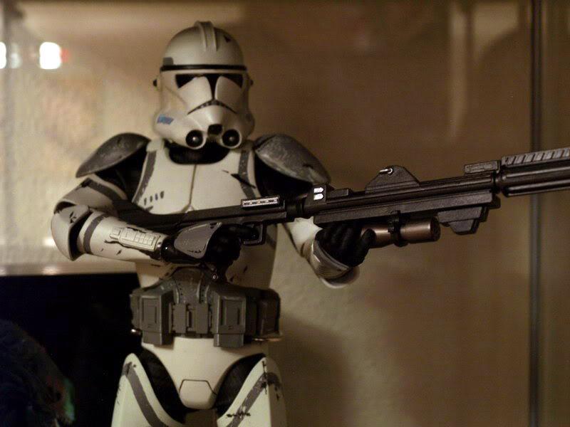 41st Elite Corps : Coruscant Clone Trooper 12-inch Figure A-710