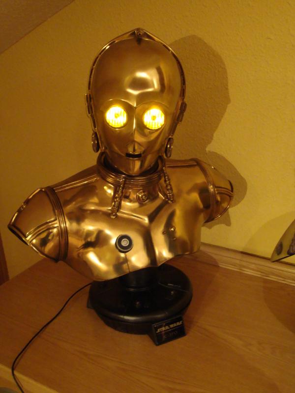C-3PO LIFE SIZE BUST Dsc01111