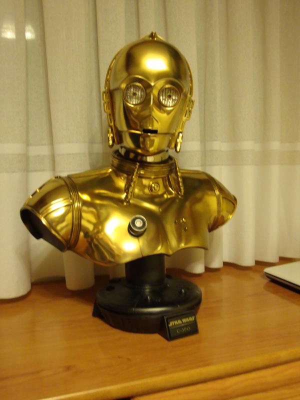 C-3PO LIFE SIZE BUST Dsc01114