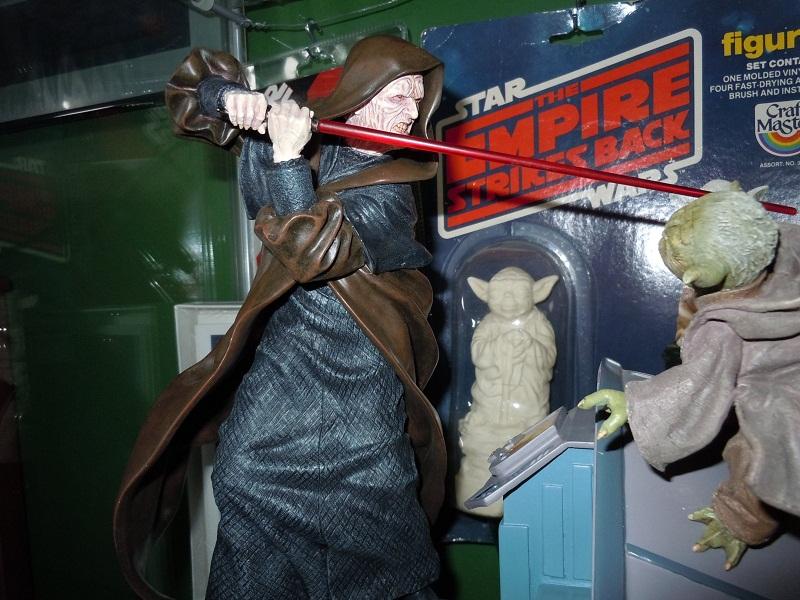 Sideshow - Senate Duel: Yoda vs. Darth Sidious - Page 2 Sidesh11