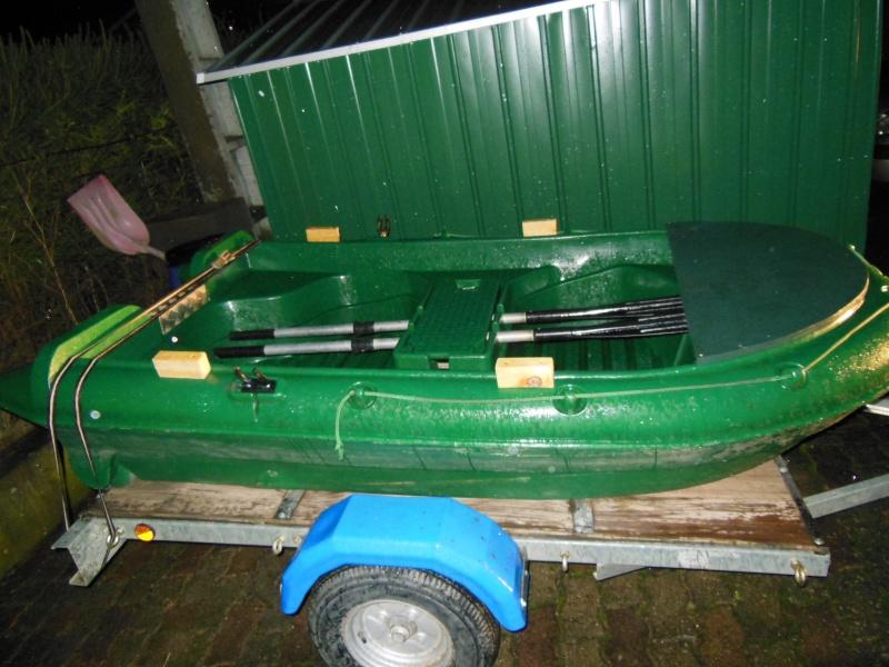 VENDS  barque, remorque, moteur, echosondeur et accessoires Barque10