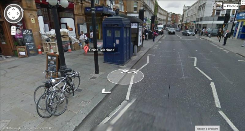 Le Doctor Who et son TARDIS se sont posés à Londres Cabine10