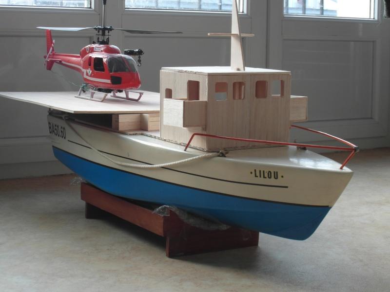SAR 47N1 et N2 : navire porte-hélicoptère et vedette rapide - Page 6 Sam_4223