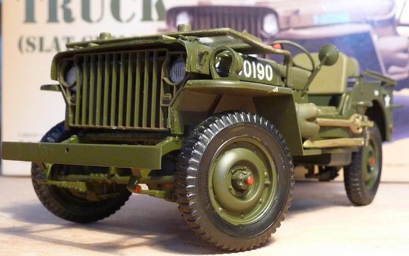 FINEMOLDS 1/20éme - U.S.ARMY 1/4 ton 4X4 TRUCK - JEEP ( SLAT GRILLE) - Page 2 P1050730