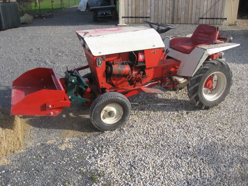 VEND LAME CHASSE NEIGE POUR MICRO TRACTEUR Img_0413
