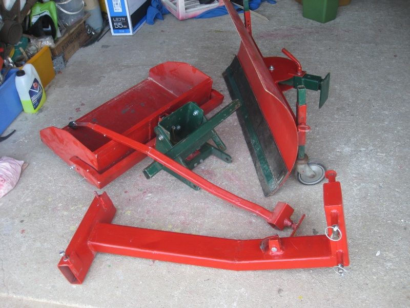 VEND LAME CHASSE NEIGE POUR MICRO TRACTEUR Img_0510