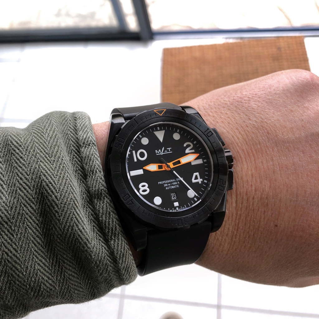 La montre du vendredi, le TGIF watch! - Page 36 Adm_ma11