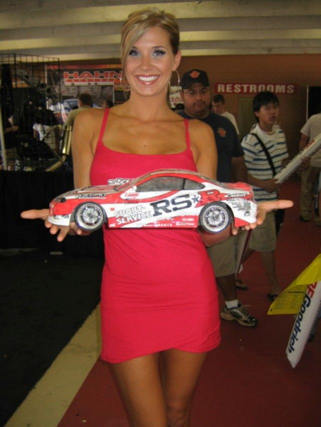 Auto RC-Girls - Page 5 Rc_car47
