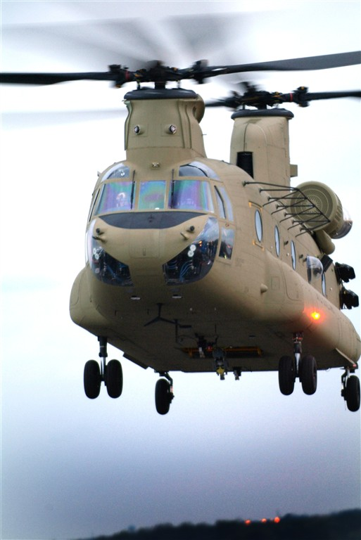 Kenya Defence Force - Page 5 Ch-47f10