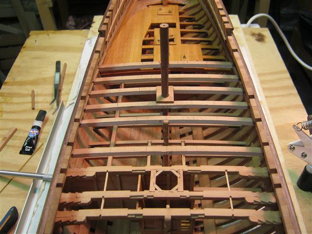 L'AMARANTE corvetta 12 cannoni 1\36 G.DELACROIX - Pagina 7 95_sma11