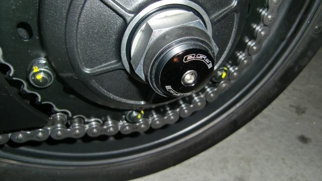 Cache axe roue Cimg3410