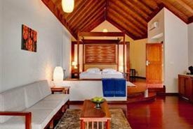 أجمل فنادق جزر المالديف 715