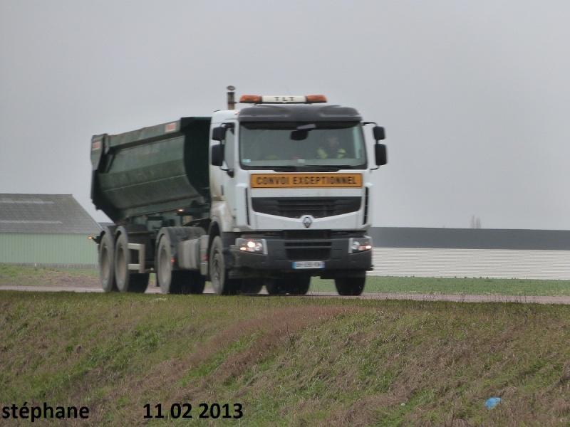 TLT (Terrassement Location Transport) (Le Pilaout  Saint Lyé) (10) P1060625